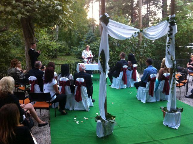 Eskuvoi-ceremonia